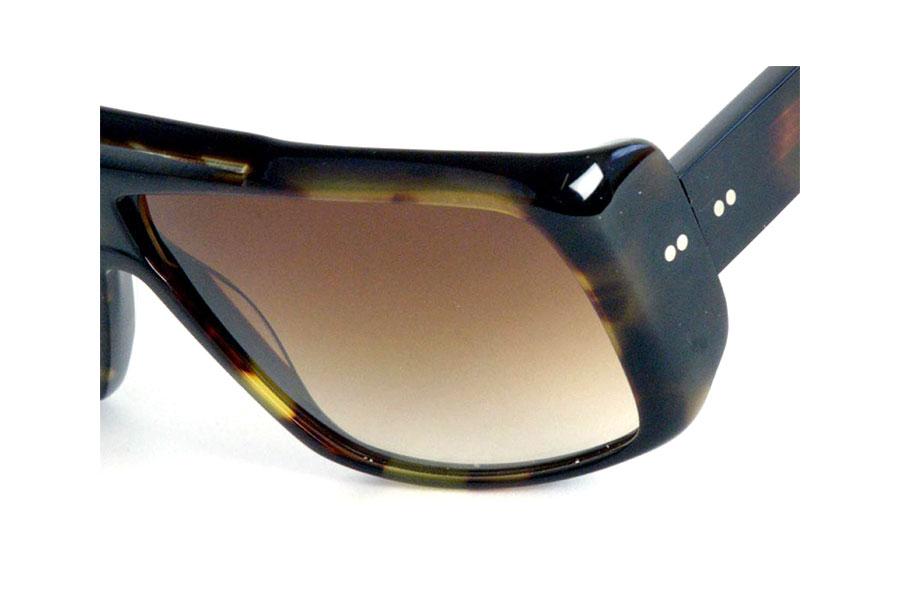 Occhiale-da-sole-DITA-modello-CHARGER-dettaglio